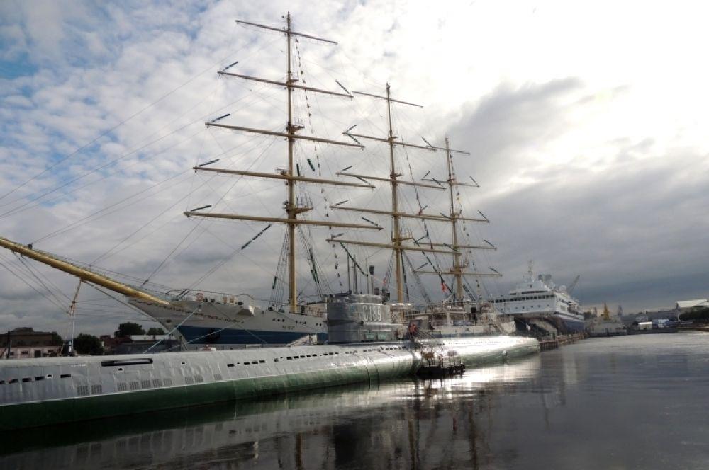 В последние дни лета в Петербурге прошел первый Международный морской фестиваль.