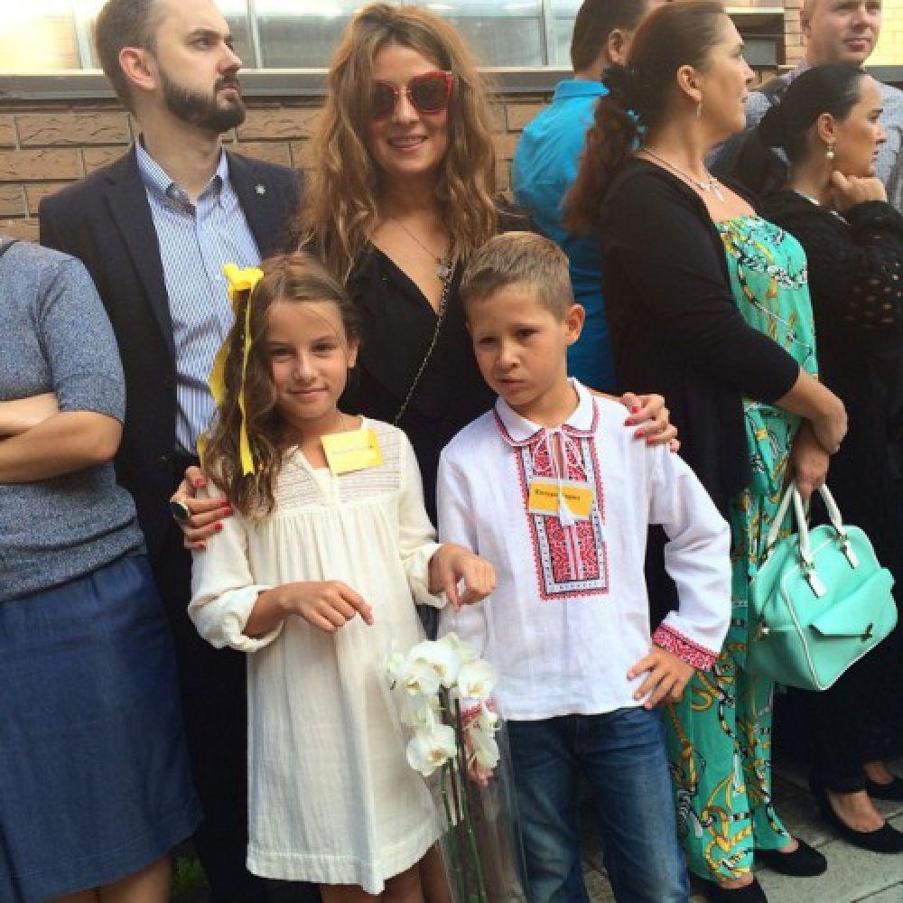 Жанна Бадоева и дочка Лолита