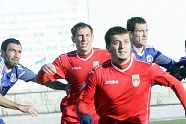 На переднем плане - Сейт-Даут Гаракоев.