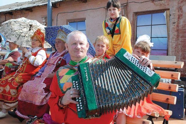 Сельский ансамбль продемонстрирует уральское певческое наследие