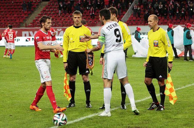 Футболисты «Урала» сыграют в кубке страны с «Крыльями Советов»