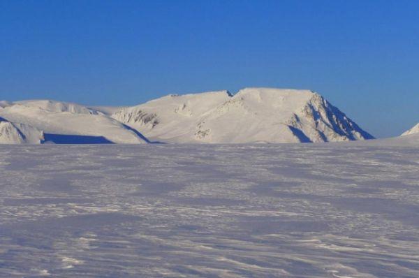 Путешественники побывали на леднике Норденшельда и на горе Чернышёва.