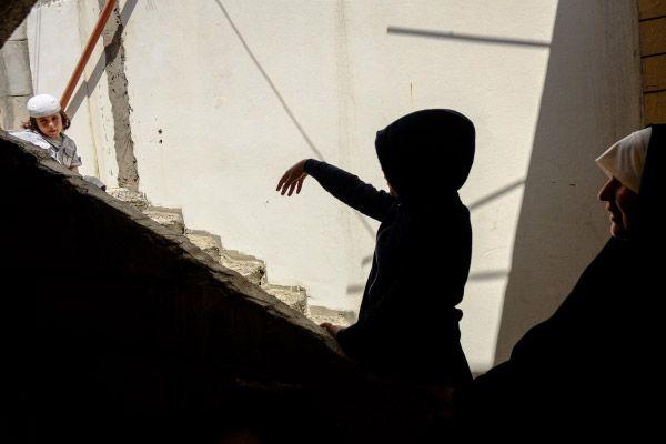 Сирийские беженцы в одном из домов в городе Хальба на севере Ливана.