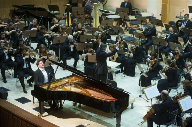 Денис Мацуев и Омский симфонический оркестр.