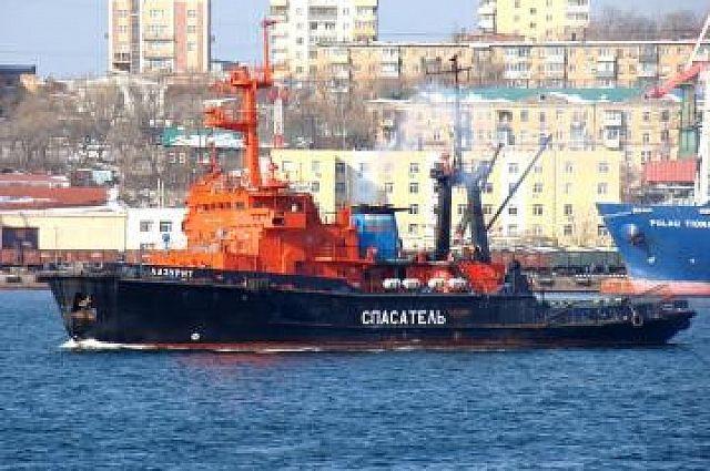 Спасательные суда первыми выдвигаются по сигналу СОС.