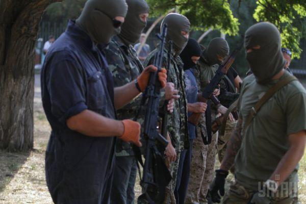 Бойцы батальона «Азов» готовят добровольцев для АТО
