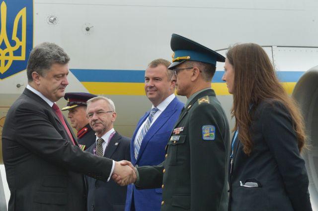 Петр Порошенко прибыл на саммит НАТО