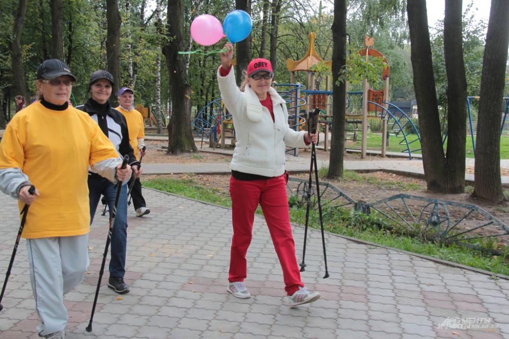 Финской ходьбой нижегородцы предпочитают заниматься в парках