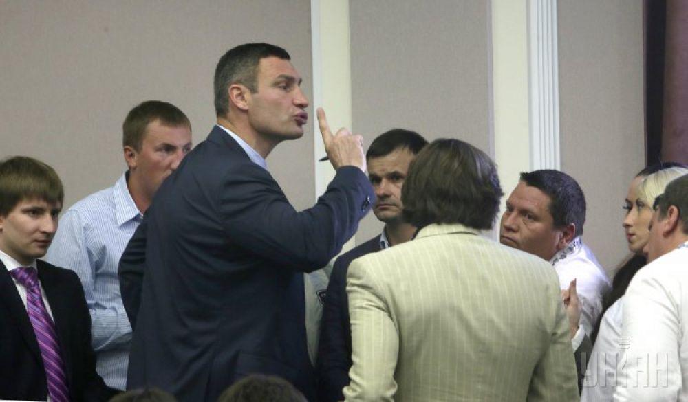 Виталий Кличко в Киевсовете вышел на «ринг» против радикала