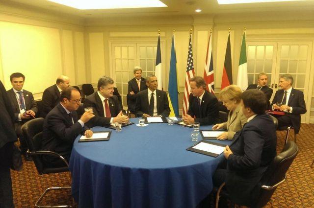 Порошенко принимает участие в саммите НАТО