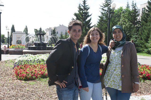 Иностранные студенты с удовольствием прогулялись в Омске.