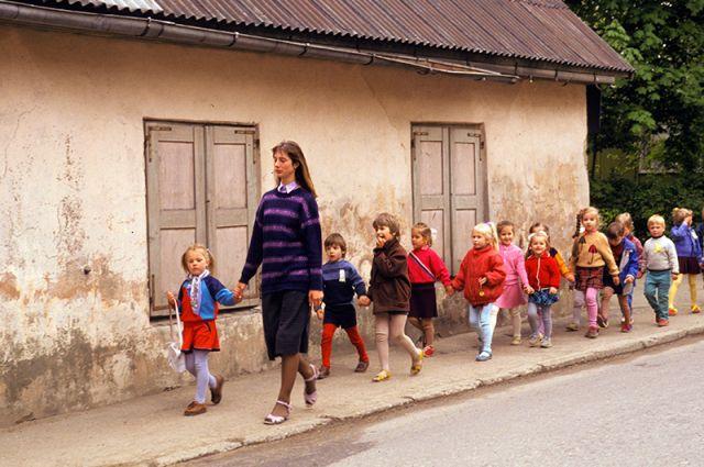 Прокуратура обязала детский сад в Верхнеуральском районе сделать песочницу