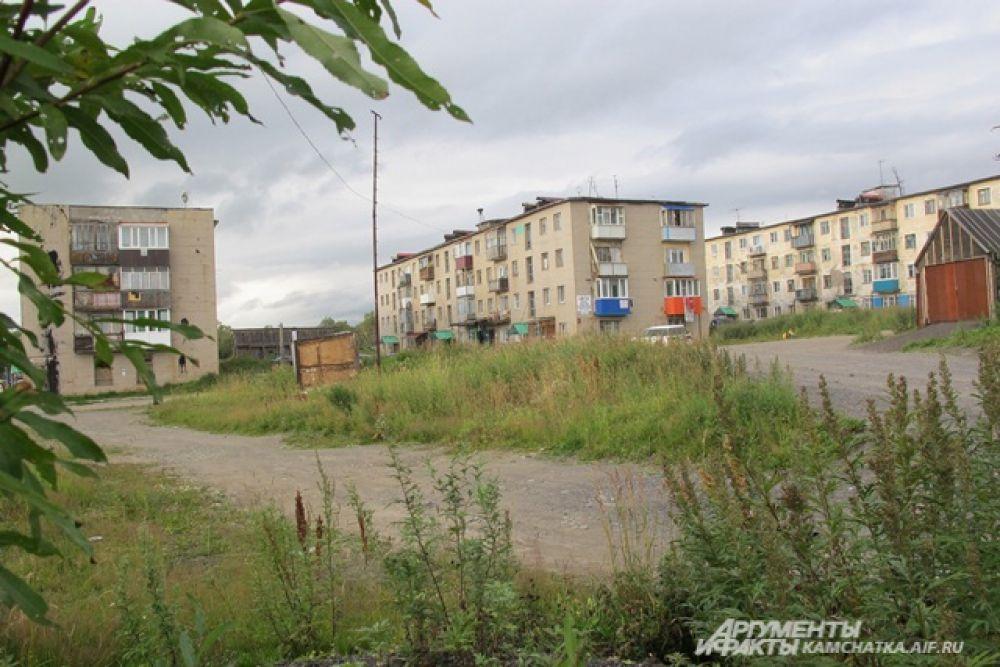 С советских времён там остались лишь три жилых дома.
