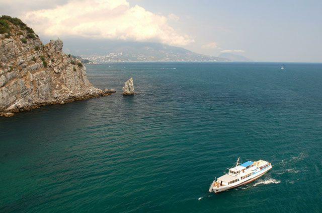 Крым в Иркутске представлен в более 40 уникальных фотографиях.