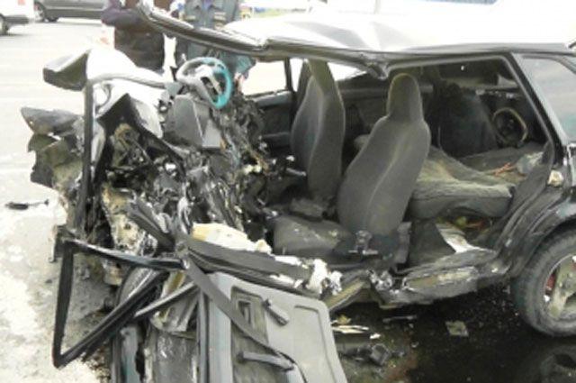 Так выглядит ВАЗ после аварии в Иркутске.