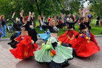 Около 4 часов вечера в сквере Кирова зафиксировали рекордное для мероприятия количество людей.