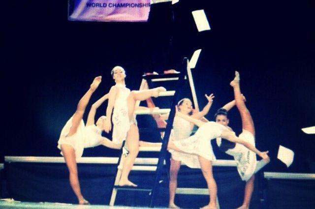 Танцевальный коллектив из Кемерова занял 2 место.