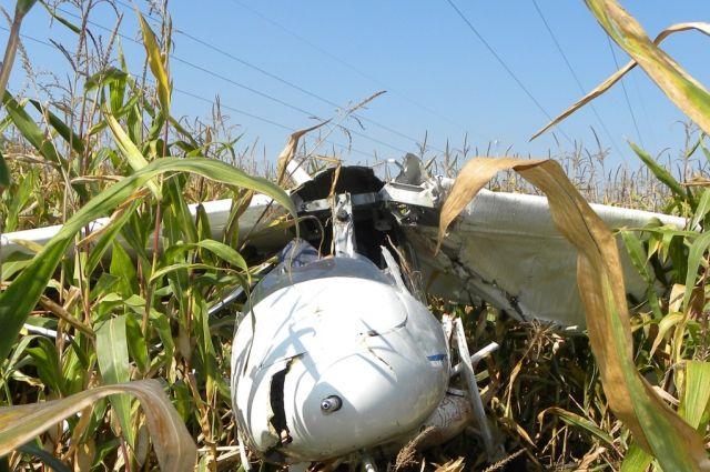 На месте падения самолета