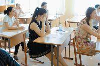 Будущим выпускникам уже сейчас надо учиться писать сочинение.