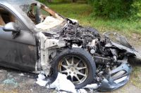 У Porsche выгорел моторный отсек.