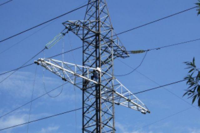 Прокуратура требует модернизировать электросети в поселках под Режом
