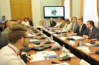 Иностранные гости приняли участие в круглом столе.