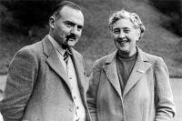 Макс Мэллоун и Агата Кристи.