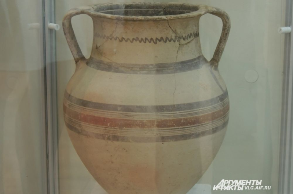Греческая ваза V века до н.э., подаренная архиепископом Макариусом, первым президентом республики Кипр.