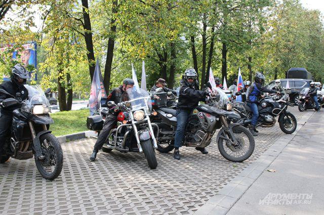 Финиш акции у храма Святой Ефросинии Московской в Москве.