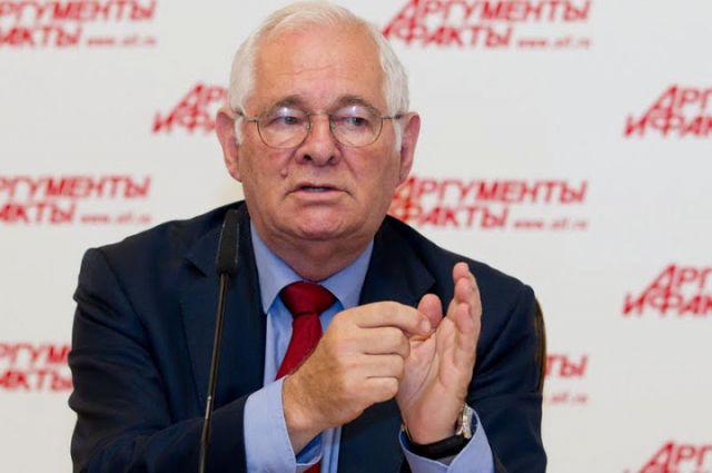 Леонид Рошаль поблагодарил врачей из Кургана, боровшихся за жизнь Чечикова