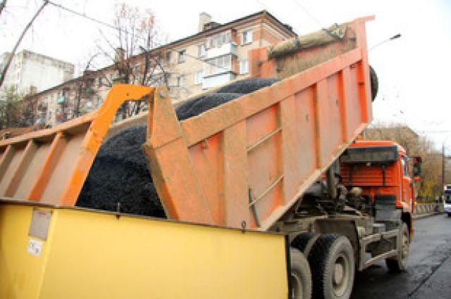 В Екатеринбурге заканчивают ремонтировать дороги на 8 улицах