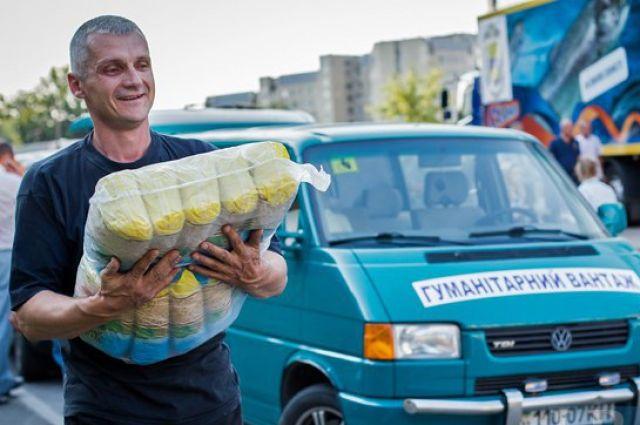 Один из волонтеров в Славянске
