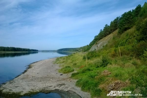 Этому пейзажу с десяток тысяч лет. Думается, что не зря это красивое место выбрали первые сибиряки.