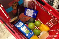 В Омске стараются стабилизировать ситуацию с ценами на продукты.
