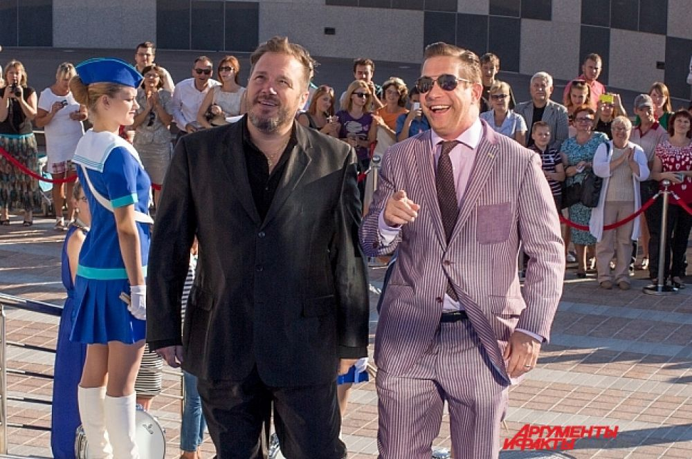 Звезда Голливуда - Стивен Болдуин с американским продюсером.