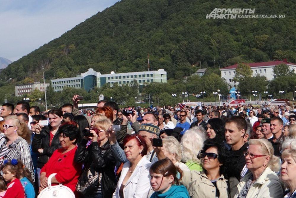 Многие из них собрались на главной площади краевого центра 14 сентября.