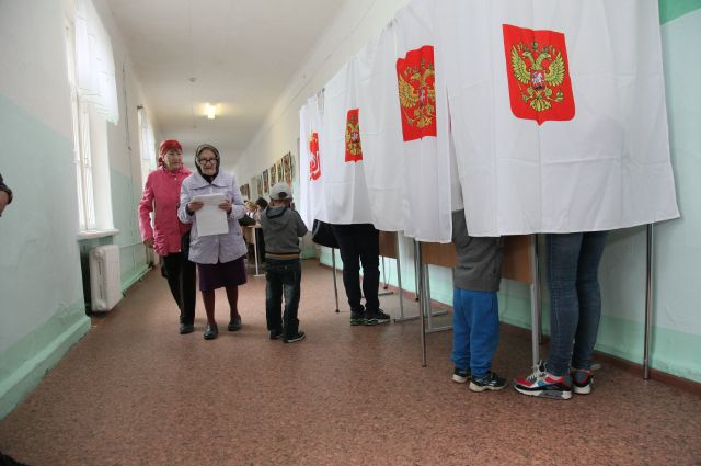 Единороссы «захватили» Советы депутатов районов Челябинска