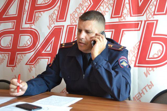 Начальник ОГИБДД Сергей Прудников в пресс-центре редакции «АиФ-Кузбасс».