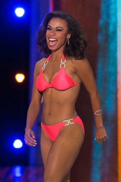 Мисс Нью-Джерси Кьерра Калер-Джонс.