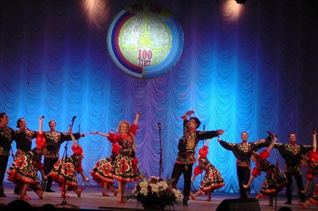 Омский русский народный хор выступит вместе с тувинским ансамблем.