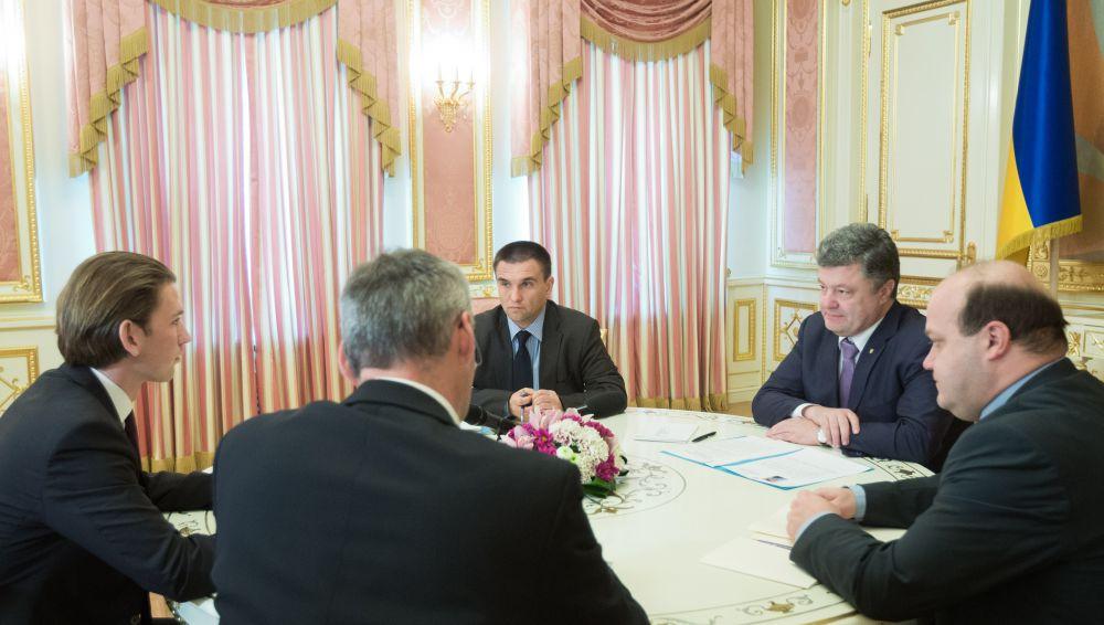 Петр Порошенко встретился с главой МИД Австрии Себастьяном Курцем