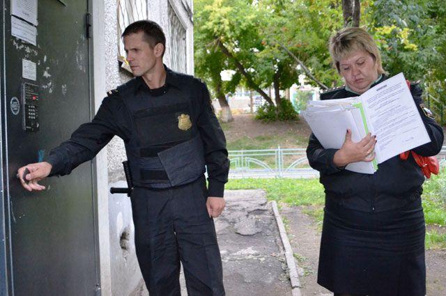 Этот дом находится в «чёрном» списке, его общая задолженность – почти миллион рублей.