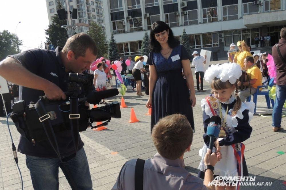 Первое интервью для телевидения.