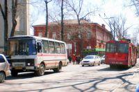 С сентября там уже начались работы по строительству контактной троллейбусной сети.