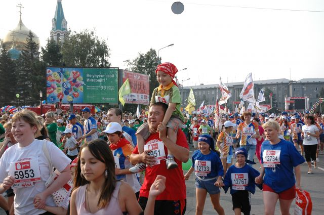 Омичей ждут на марафоне.