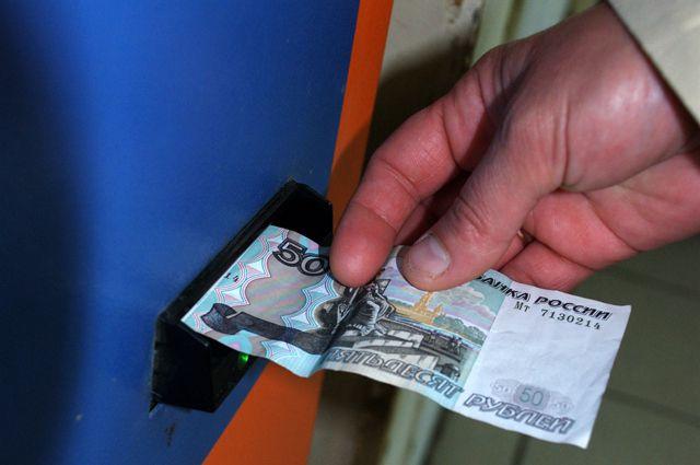 Терминалами оплаты Сбербанка пользуется все больше омичей.