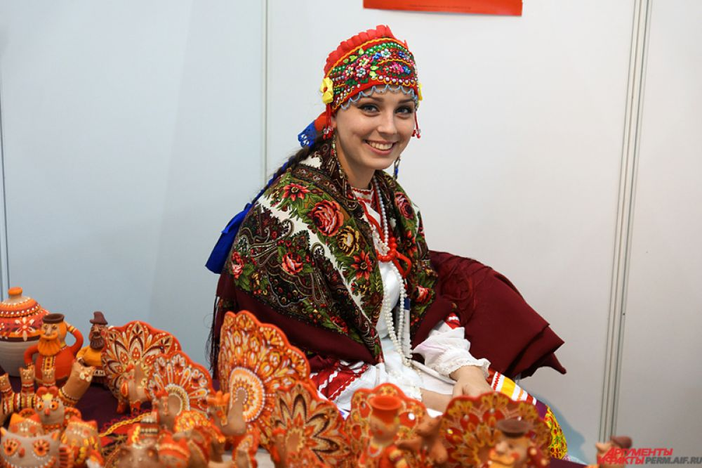 Большинство участников экспозиции – представители традиционной русской культуры.