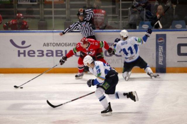 Хоккеисты «Автомобилиста» проиграли очередной матч в первенстве КХЛ