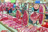 Мясо стало недоступным для многих калининградцев. Придётся переходить на куру.