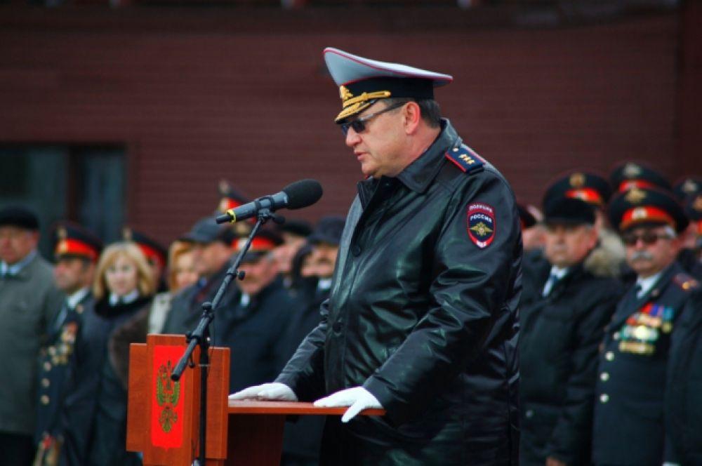 Перед гостями и полицейскими выступил Игорь Зубов - заместитель Министра внутренних дел РФ
